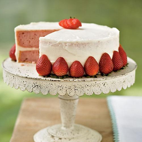0905p88-strawberry-cake-x