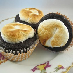 toasted-marshmallow-cupcakes